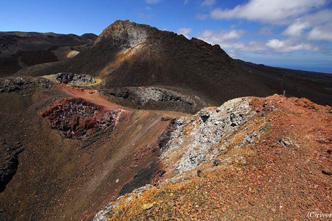 ガラパゴスであえて登山!世界第二位の巨大カルデラ?!シエラ・ネグラ火山<p>