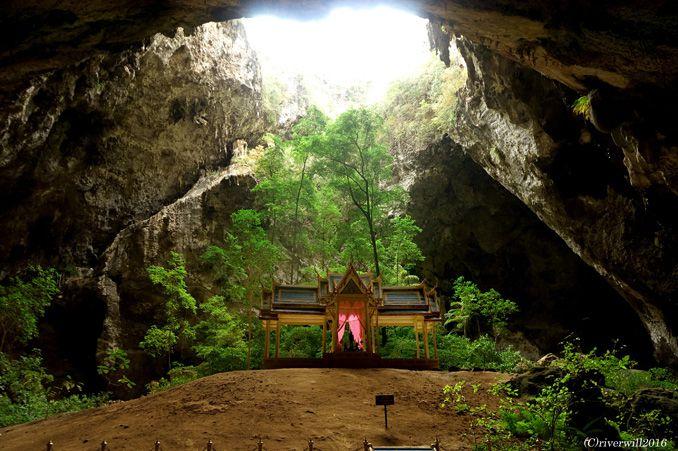 鳥肌級の秘境!精霊が宿る聖なる洞窟「クーハーカルハット宮殿」<p>