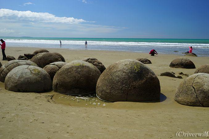 海にあわられたミステリー!巨大なまんまる奇岩・モエラキボルダー<p>