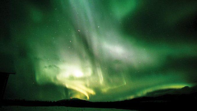 オーロラ ノーザンライツ カナダ Aurora Northern Lights Canada