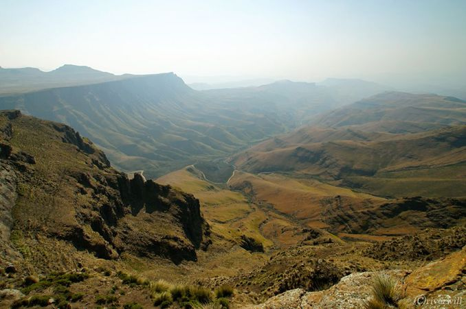 Lesotho Drakensberg Moutains レソト サニパス ドラケンスバーグ山脈