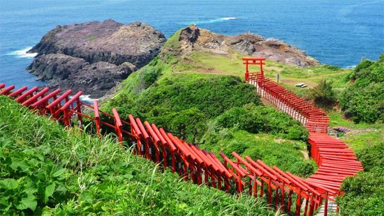 03元乃隅稲成神社(山口) Japan's 34 most beautiful places