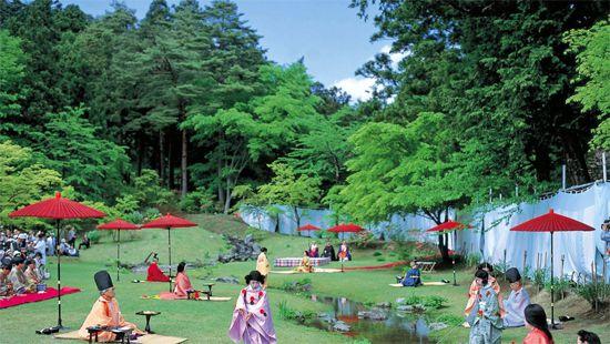 10 毛越寺曲水の宴(もうつうじごくすいのえん)(岩手) Japan's 34 most beautiful places