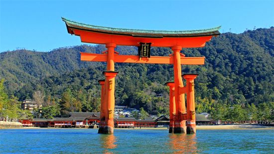 17 厳島神社(広島)Japan's 34 most beautiful places