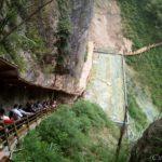 ここは小九寨溝!中国「張家界大峡谷」探訪録【前編】~ガラスの吊り橋から胡蝶瀑布まで