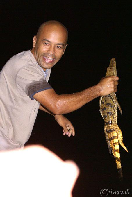 ブラジル マナウス アリゲイター Brazil Manaus Alligator