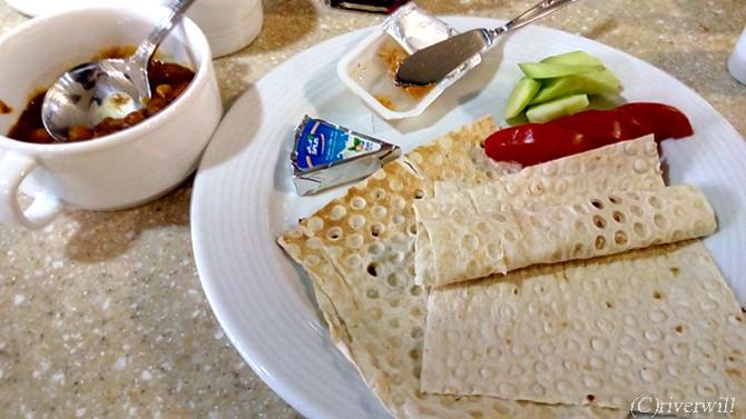 イラン 料理 薄焼きパン Iran Flat Bread