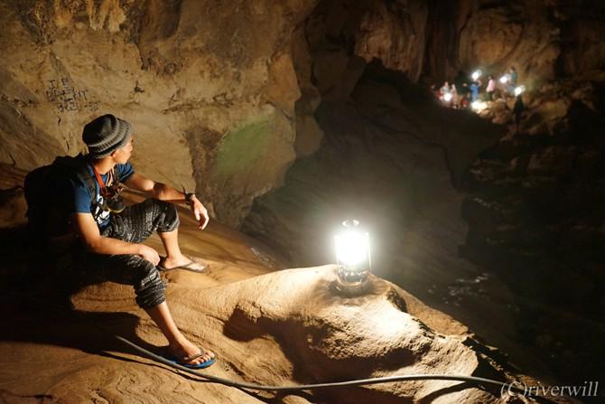 サガダ スマギン洞窟 Sagada Sumaging Cave Philippines